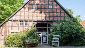 Weidenhof Hofstelle 1024x576 1 300x169
